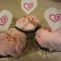 Recycling Postal Mailers: How-To Make a Valentine's Day Cupcake Picks