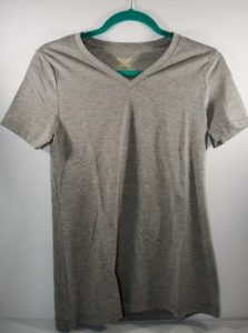 Refashion a plain gray-t-shirt into a heart cut out for Valentine's Day. #sewing #diy #refashion #upcycle