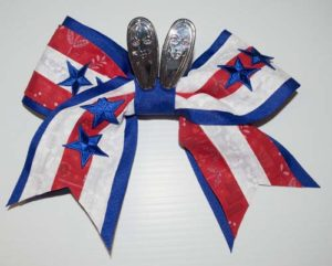 DIY Cheer Bow Blue and White Stripes for July Fourth - Step-by-step NO-SEW (and sewing) tutorial. Make your own, customizable cheer bows for the entire team for about $10. A great, low-cost accessory for your own cheerleader, either for a special occasion or for your duaghter to be unique. Explore the web site for more refashioning, sewing, and crafting tutorials, each with clear photos and instructions. http://letgoofbeingperfect.com/